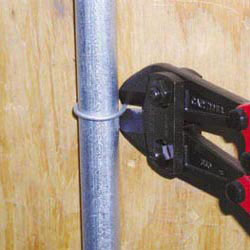 Flush Cut Bolt Cutters with Angled Head
